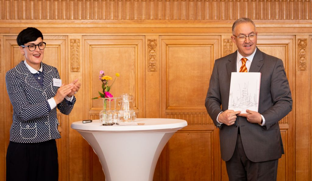 Presentation of the publication 'Letters to the Mayor: Rotterdam' at City Hall, 2019. Photo Fred Ernst.