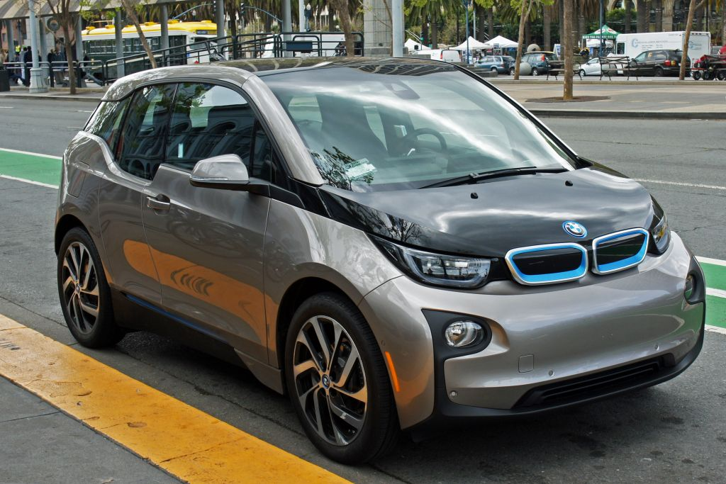 BMW i3: The first car for consumers which is made entirely of composites