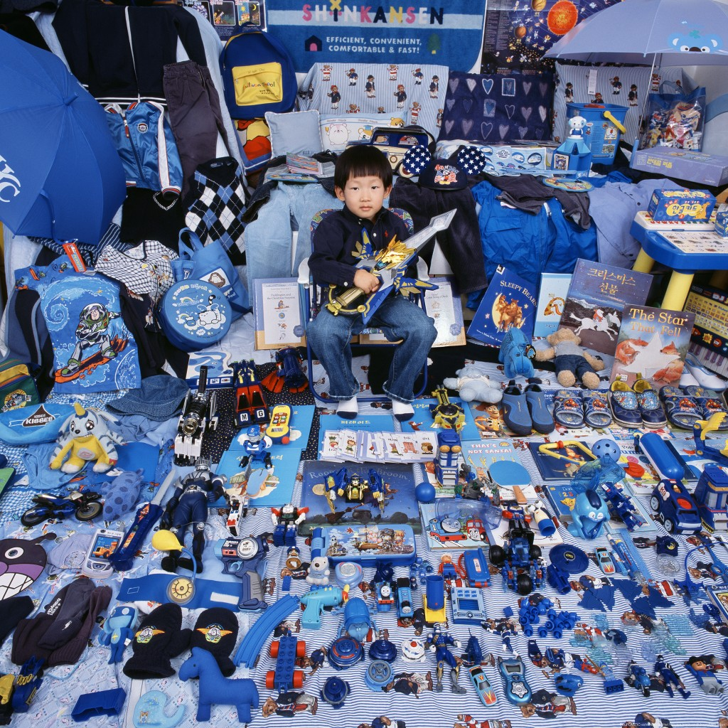 The Blue Project - Kihun and His Blue Things, Light jet Print, 2007 ©JeongMee Yoon